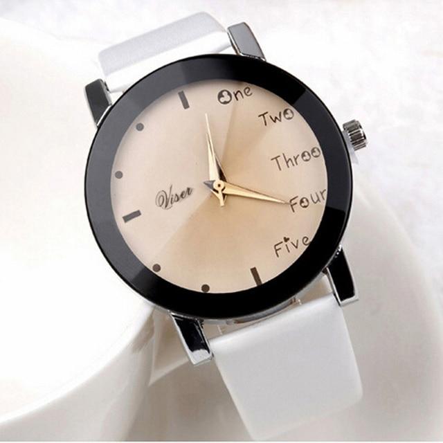 New fashion women watches rhinestone luxury  Neutral Leisure Letters Motion Simulation Of Electronic Quartz Watch D21