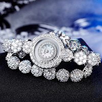 Clock Woman Watches Famous Luxury Brands 2018 Lady Watch Jewelry Wrist Watch For Women Wristwatch Rhinestone Xfcs Bracelet Watch