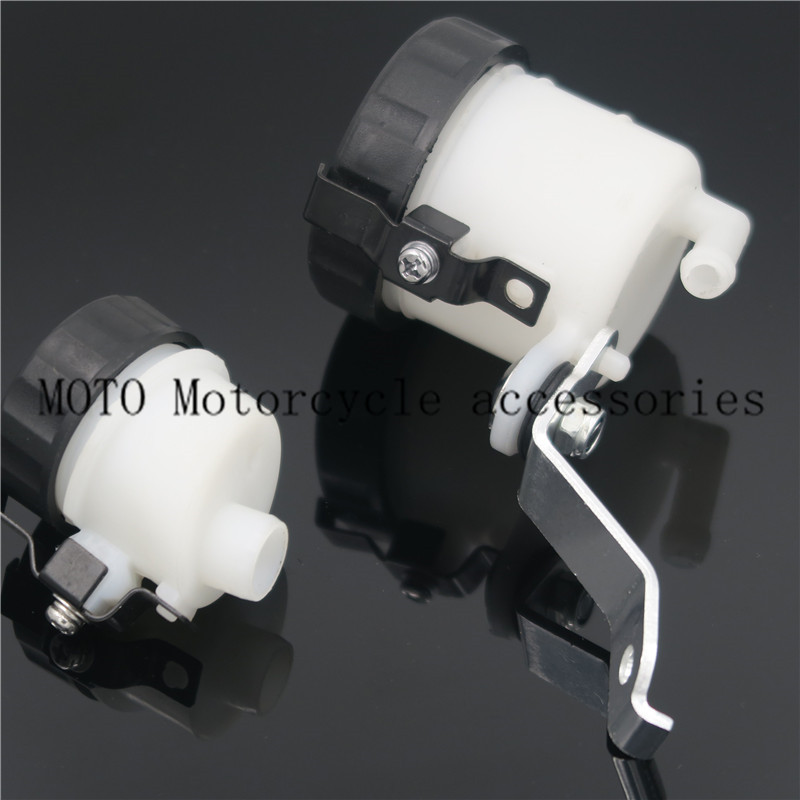 Clutch Oil Reservoir & Motorcycle Master Cylinder Brake Fluid Reservoir Oil Cup Tank For Honda CBR1000 CBR 1000 2004-2006 2007 cnc motorcycle brake fluid reservoir clutch tank cylinder master oil cup for yamaha fz6 600 fazer s2 2004 2005 2006 2007 2008