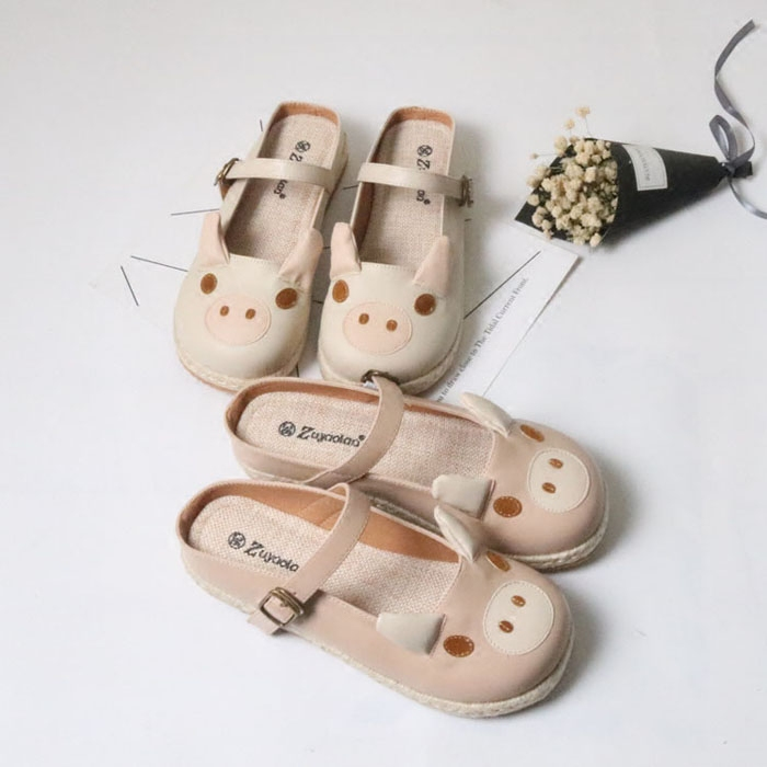 Japanese Summer New Small fresh shoes Cute Pig Pig Shallow mouth shoes Buckle Flat Sandals Womens BaotouJapanese Summer New Small fresh shoes Cute Pig Pig Shallow mouth shoes Buckle Flat Sandals Womens Baotou