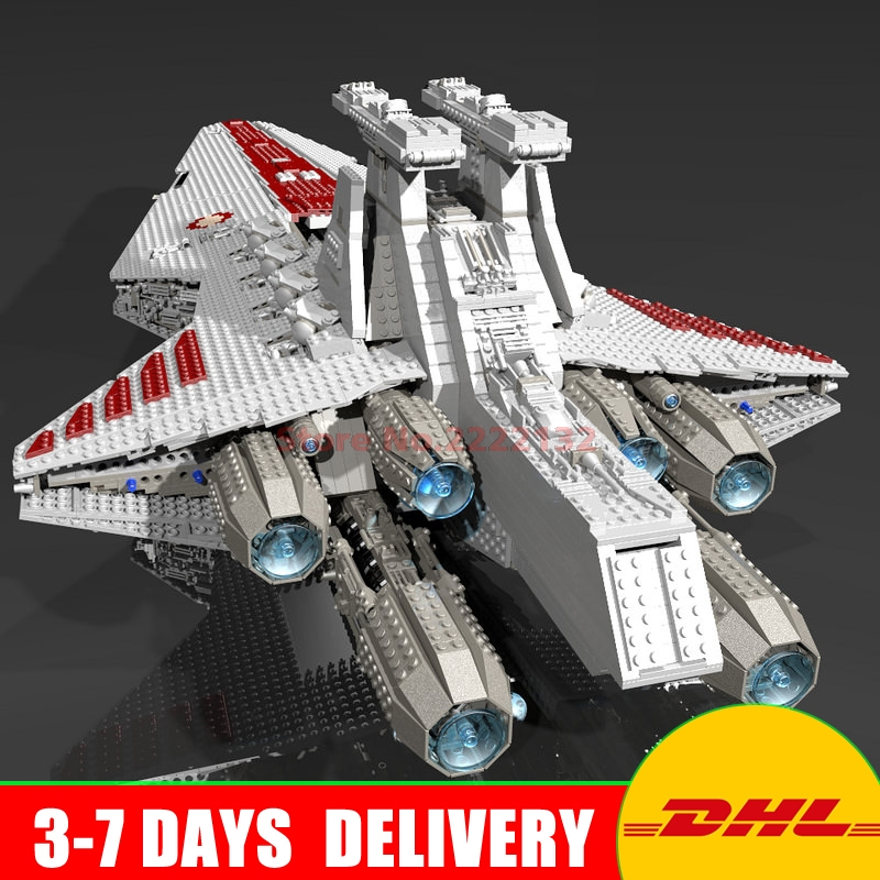 New Lepin 05077 UCS Series The UCS Rupblic Star Destroyer Cruiser ST04 Set Building Blocks Bricks Education Toys Gifts lepin 6125 stucke star classic modell wars die ucs st04 republic cruiser educational building blocks bricks spielzeug mode