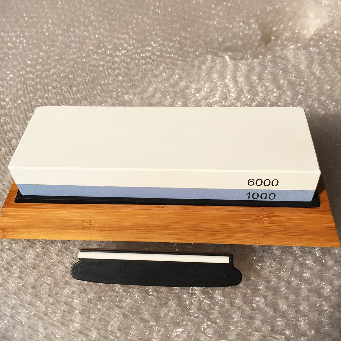 1pc Professional <font><b>Whetstone</b></font> Knife Sharpener Dual Sided <font><b>1000/6000</b></font> Grit Combination Knife Sharpening Water Stone for Kitchen 2018 image