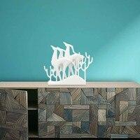 TOOARTS 1 шт. белый Лось группы статуя 3D Отпечатано Скульптура Творческий животных Лось Статуя Коллекционная Рабочий стол Декор скульптуры для