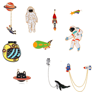Escape from the earth ! UFO Space Craft Astronaut Rocket Planet Spaceman Universe Stars Hard Enamel Brooches Pin For Xmas Gift