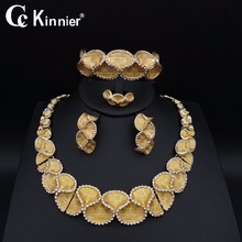 nigerian wedding woman accessories jewelry set fashion african beads jewelry set dubai gold color jewelry set Wholesale fashion african jewelry gold champagne plastic and crystal nigerian wedding african beads jewelry set free shipping majalia 457