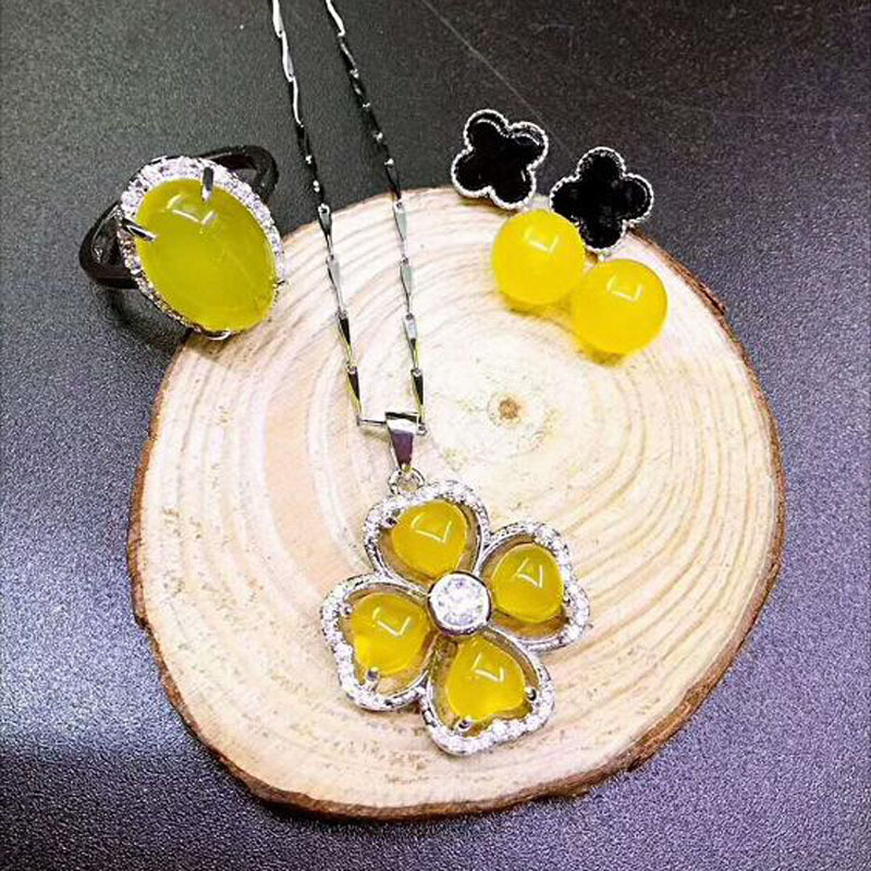 YU XIN YUAN Fine jewelry Natural yellow marble jewelry Lucky four-leaf necklace earrings ring suit a suit of elegant rhinestone leaf necklace ring bracelet and earrings for women