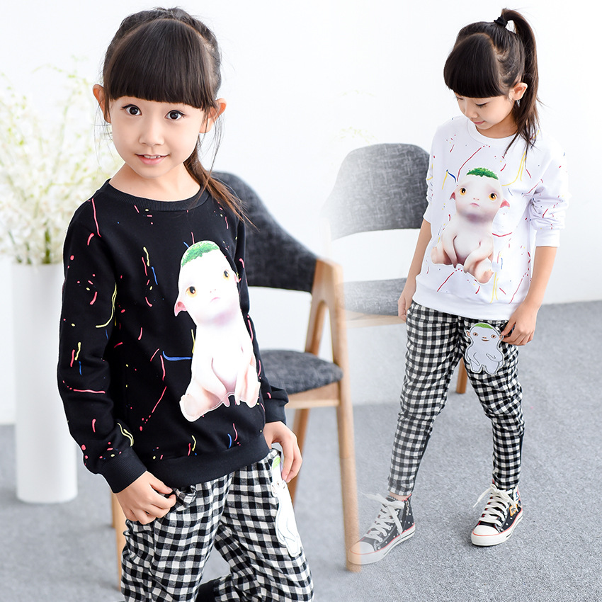 2016 Top Casual Minnie Mouse Jehubbah Children In The New Suit Autumn Long Sleeved Sweater Cartoon T-shirt Two Piece Set Ink