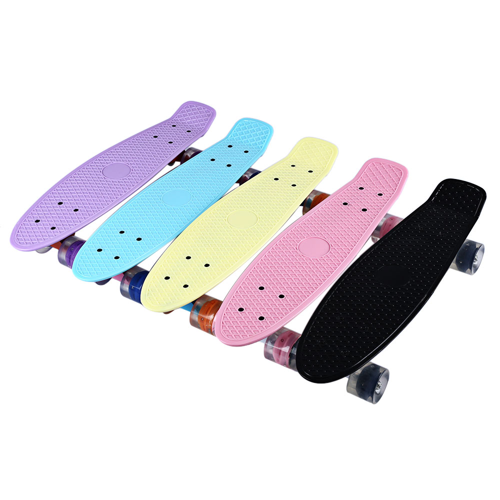 22 Inches Four-wheel Mini Cruiser Banana Style Longboard Pastel Color Skate Board with LED Flashing Wheels Retro Skateboard