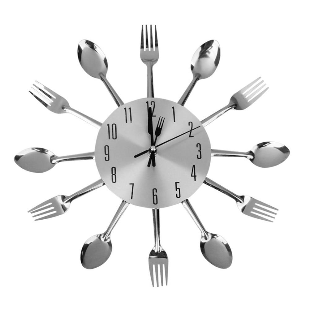 €20.20 20% de réductionCuillère fourchette horloge murale pour cuisine  salle à manger décoration casa de sala miroir autocollants horloge (argent)