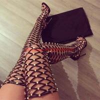 Летние кожаные сандалии гладиаторы по колено Для женщин выше колен Сапоги и ботинки для девочек с открытым носком из золотистого металла пи