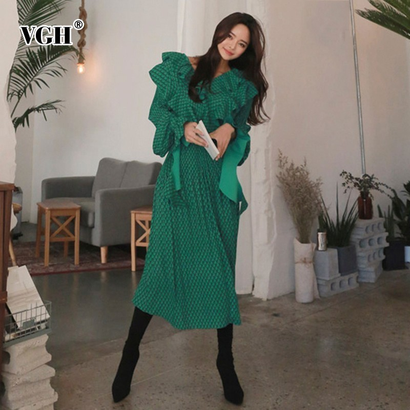 VGH Autumn Print Long Dresses Women V Neck Flare Sleeve Ruffles High Waist Midi Pleated Dress Fashion Vintage Clothing New