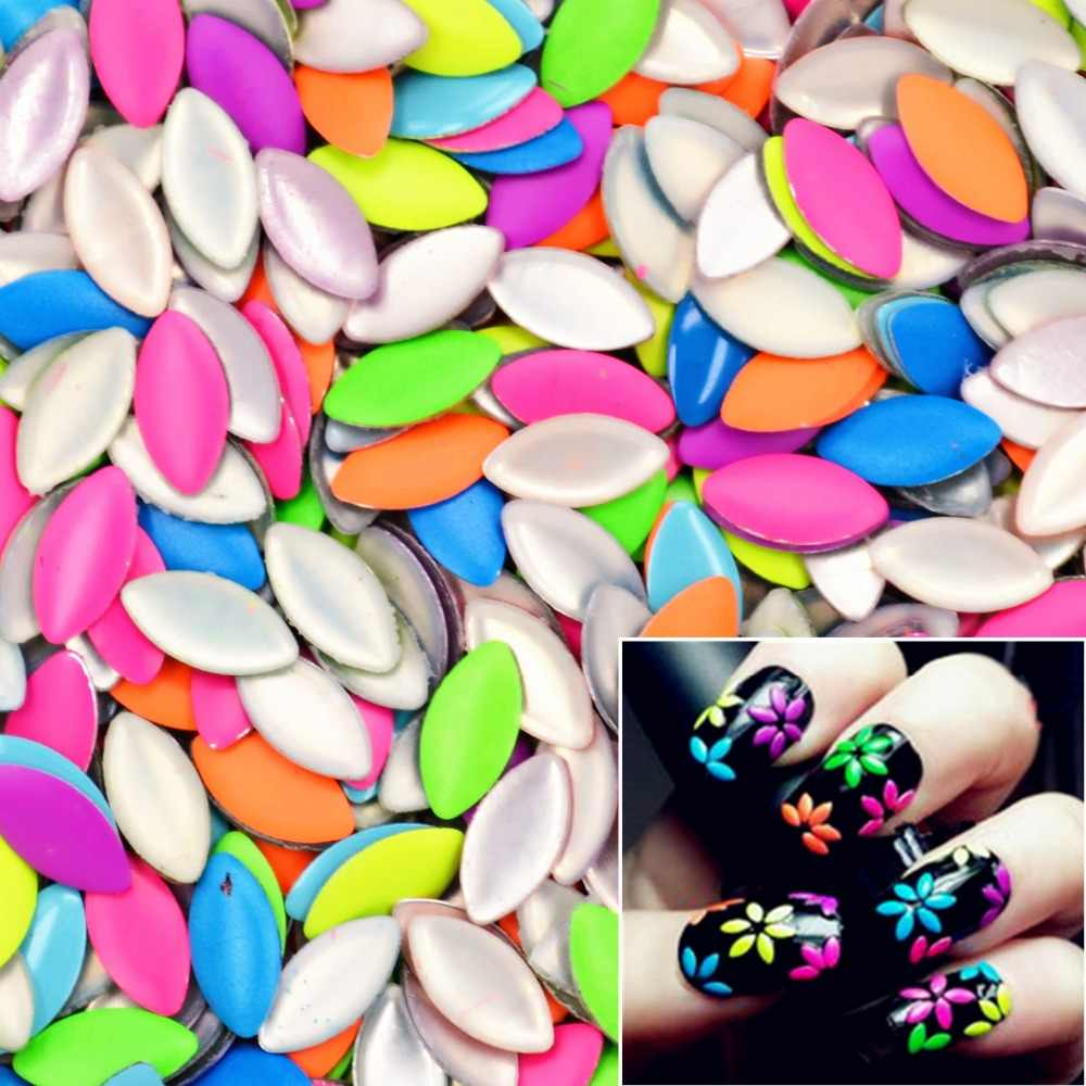 ZKO 20Pcs/Lot Mix Random Colors 3mm*6mm Horse Eye-Shaped Punk Metal Metallic Rivet Nail Art Decoration