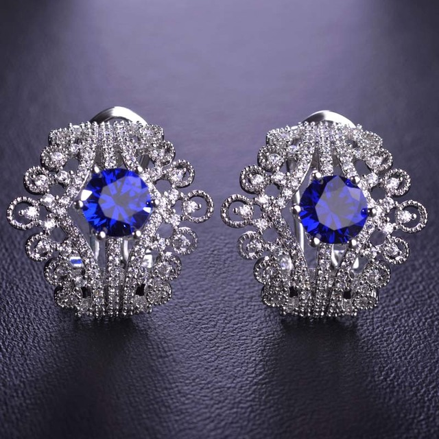 Blucome Upscale Double Crown Stud Earrings For Women Cut Clear Blue Simulated Diamond Rhodium Plated Princess Buckle Schmuck