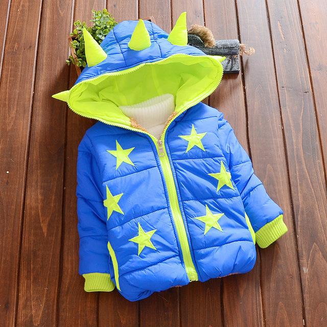 Niños Vestido Infantil Chicos Abrigo de Invierno 2016 Nuevos Niños Calientes Chaquetas Estrellas Impreso Infantil Ropa de Bebé Con Capucha Abrigo