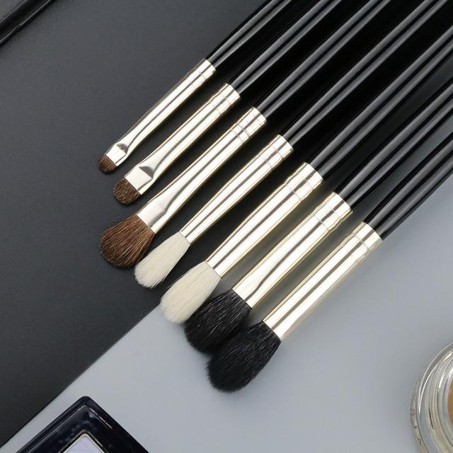 BEILI 1 unidades de pelo de cabra precisa mezcla de sombra de ojos detallada pequeña de sombra solo pinceles de maquillaje negro Mango virola plata