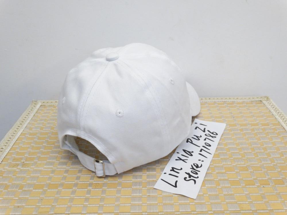 9404edbc3d114 Personalizado Unstructured blanco y negro Dad Hat Cap J Cole TDE nuevo Born  Sinner corona gorra de béisbol pico curvo en Gorras de béisbol de Deportes y  ...