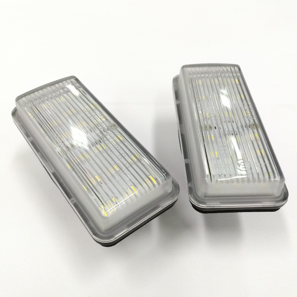 Toyota 81270-60332 License Plate Lamp Assembly