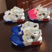 Новая модная летняя повседневная обувь из сетчатого материала для мальчиков детские пляжные сандалии для маленьких девочек модные спортивные сандалии для малышей Размеры 15-25