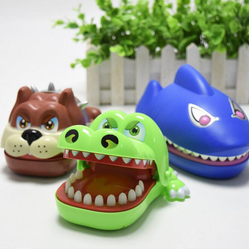 Large Plastic Dog Crocodile Shark Mouth Teeth Bite Finger Game Funny Novelty&Gag Toys for Kid Children Grownups Party Game Toy
