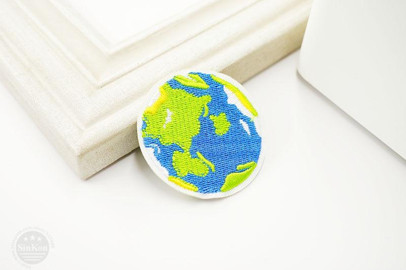 Земля(Размер: 5,0X5,0 см) DIY тканевая нашивка значок вышитые Симпатичные значки хиппи железо на детей мультфильм нашивки для одежды наклейки