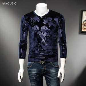 MIXCUBIC 2017 Autumn warm Unique big flower printed Gold velvet T-shirts men casual slim gold Velvet T-shirts for men,M-4XL