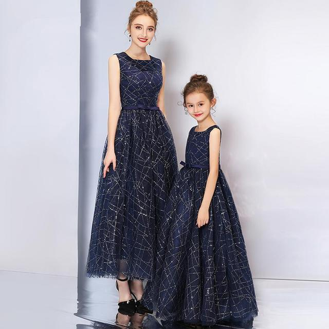 a28c4c7a Mother Daughter Dresses 2018 Mommy Girl Sequin Matching Twinning Party Dress  Family Look Outfits Girl Mom