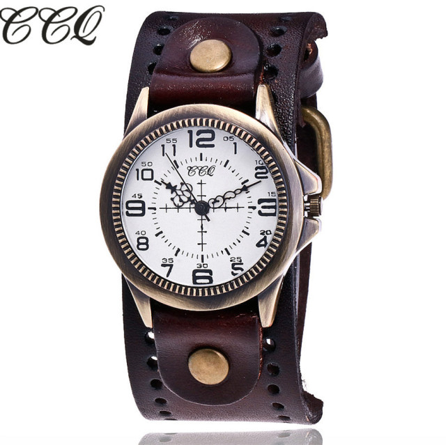 Vintage Leather Quartz Watch For Women With A Bronze Casing