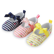 Big Bow Embroidery Baby Girl Shoes Non-slip Soft Soled Footwear For Newborn Crib Shoes Toddler Girls Shoes First walker M8Y29#F(China)