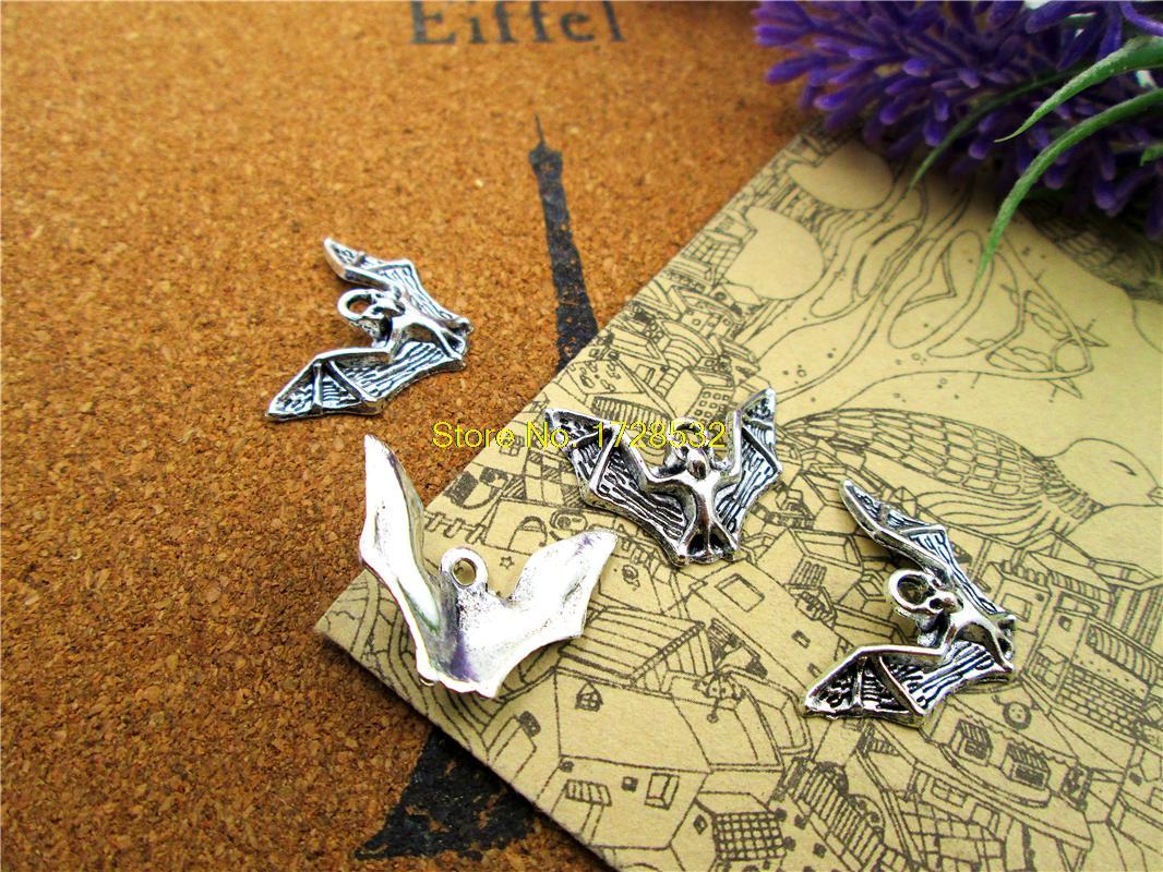 20pcs    Bat Charms Antiqued Silver Tone Bat Charm Pendants 23x17mm