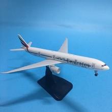 купить JASON TUTU Emirates Boeing 777 Aircraft Model Plane Model Airplane Model 1:200 Diecast Metal 20cm Airbus A380 Airplanes Plane онлайн