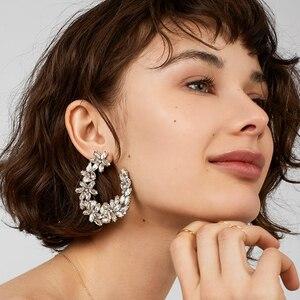 FASHIONSNOOPS luksusowy błyszczący kwiat spadek kolczyki biżuteria kolczyk gorąca sprzedaż czeski okrągły wisiorek dynda kolczyk prezenty ślubne