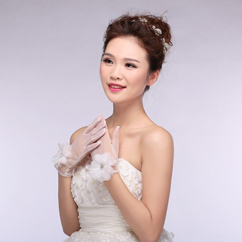 JaneVini Short Wrist Length Bridal Gloves Beige Beaded Flowers Wedding Gloves For Bride Transparent Tulle Women Dance Gloves