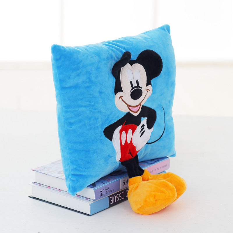 2018 plush Creative 3D Mickey Mouse and Minnie Mouse Plush Pillow Kawaii Mickey and Minnie Plush Toys Kids Toys Christmas Gifts