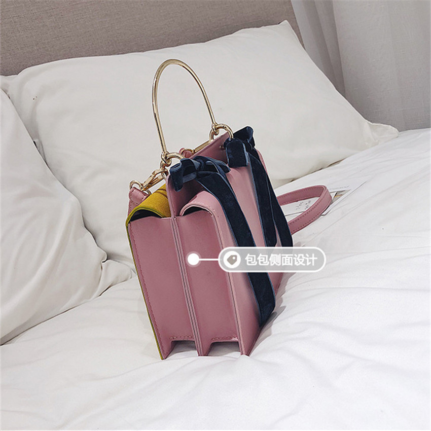 f51d2f19bbcf TOYOOSKY Metal Handle Small Handbags Hot Sale Famous Brand Women Messenger  Shoulder Bags Sweety Bow Ladies Evening Clutch Bag -in Shoulder Bags from  Luggage ...