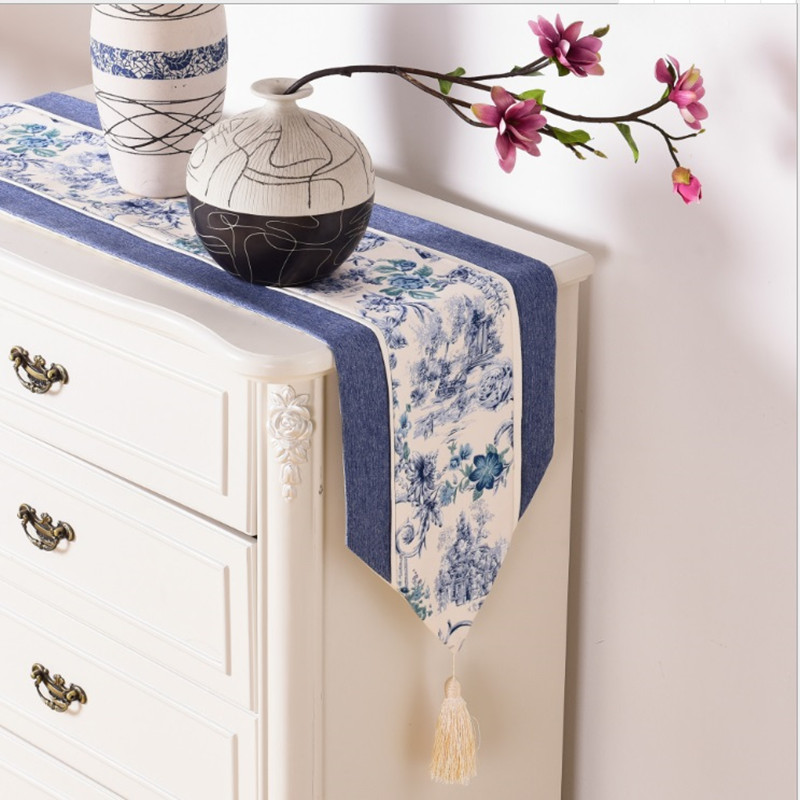 Chinese Classic Style Blue And White Porcelain Jacquard ...