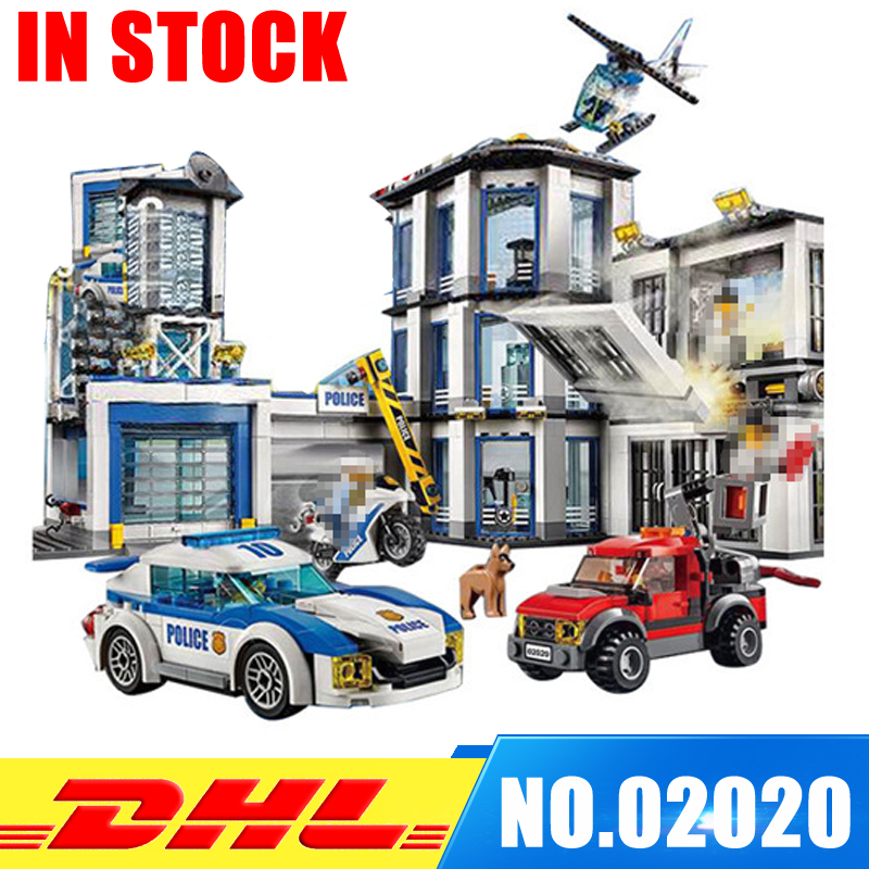 In Stock Lepin 02020 City Series The New Police Station Set children Educational Building Blocks Bricks Boy Toy Model Gift 60141 lepin 02006 815pcs city series police sea prison island model building blocks bricks toys for children gift 60130