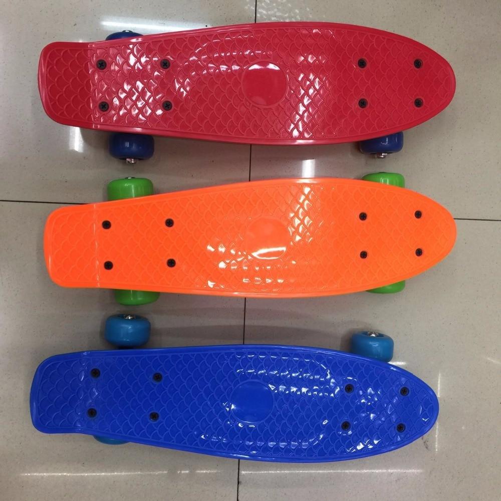 Free Shipping, Direct Explosion Of 17 Inch Fish Plate Child Scooter 4 Wheel Skateboard Snake Board Flat Board PU Wheels UNISEX