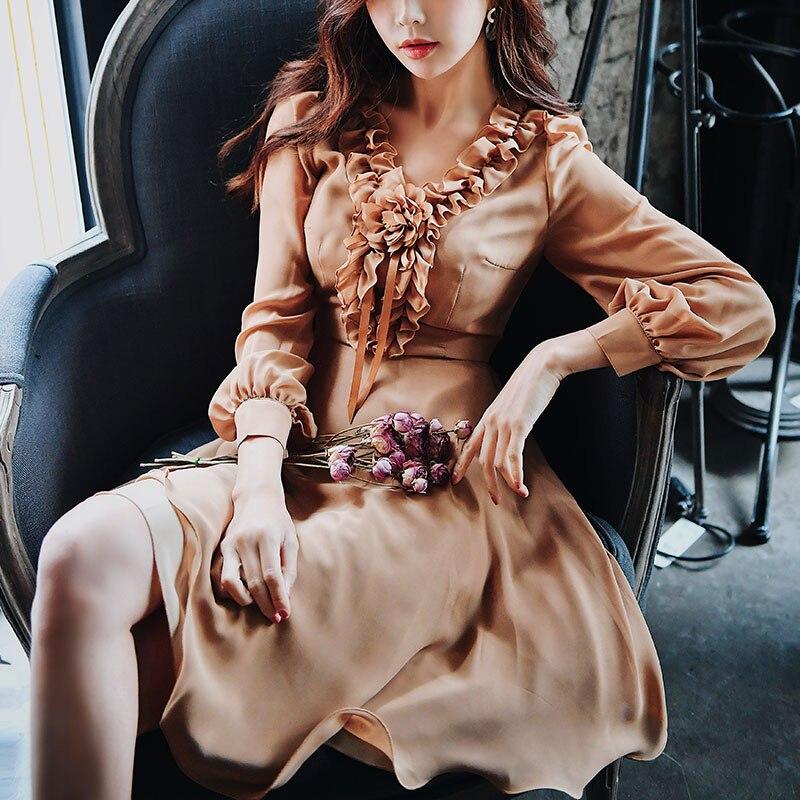 Dabuwawa wiosna nowy Ruffles dekolt w serek sukienka midi w stylu vintage dla dziewczyny kobieta pani 2019 długi rękaw Puff romantyczny sukienka na imprezę DN1ADR020 w Suknie od Odzież damska na  Grupa 2