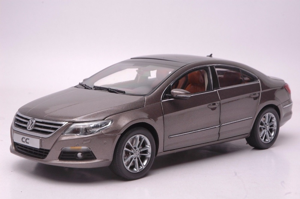 1:18 Diecast Model for Volkswagen VW Magotan TSI Passat CC Brown Alloy Toy Car Collection Gifts high simulation 1 18 advanced alloy car model volkswagen golf gti 1983 metal castings collection toy vehicles free shipping
