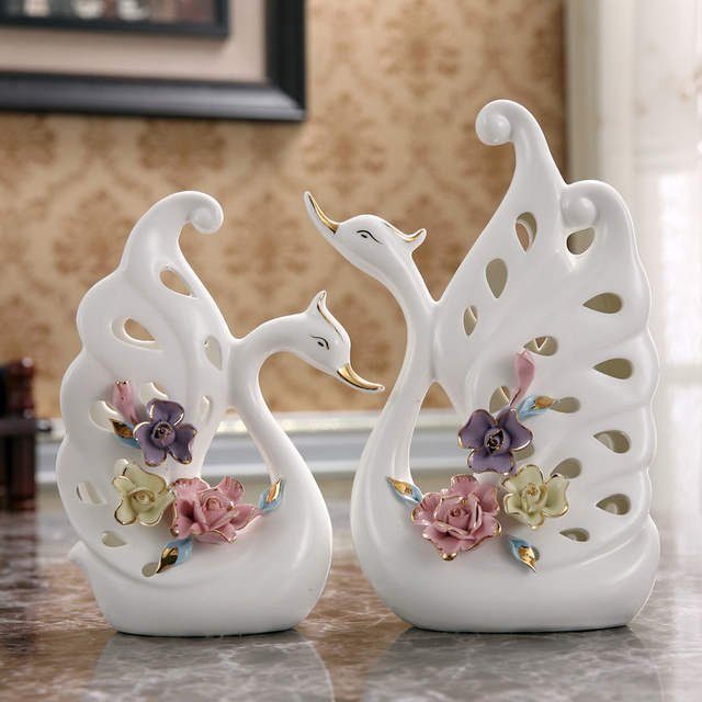 White Creative Ceramic Swan Lovers Home Decor Crafts Room Decoration Objects Wedding Gift Porcelain Figurines