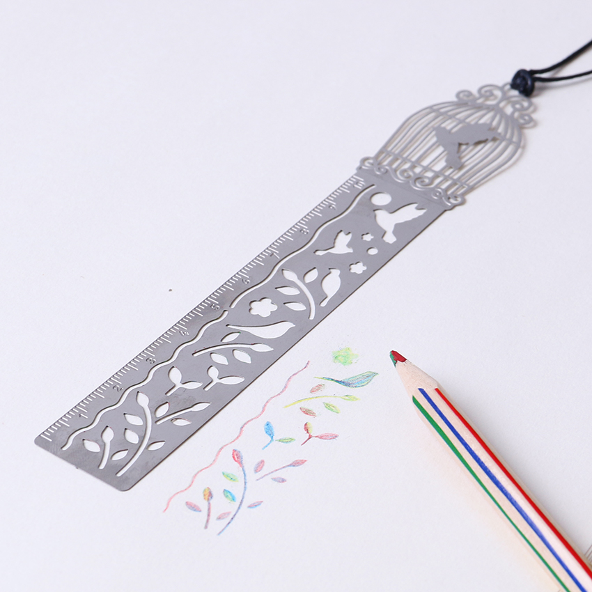 1PC Hollow Stainless Ruler Bookmarks Multi-purpose Creative Student Ultra-thin Rulers Stationery 4 Styles (random Send One)