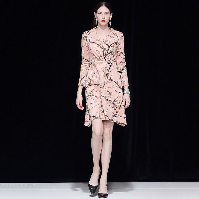 c3d1b355b31 Truevoker Spring Designer Robe Femme Ete Women s High Fashion Retro Flower  Printed Beading Sequins Midi Vestido Vintage Dress