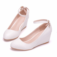 Big Size 34-41 2019 New Fashion High Heels Women Pumps Wedges Heel Classic White Sexy Prom Wedding Shoes XY-A0165