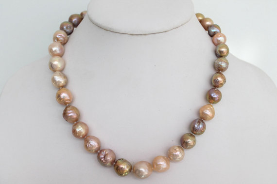 New Arriver Beautiful Pink Lavender Golden Purple Freshwater Pearls Necklace 11-14mm 18inches Real Pearl Jewellery For WomanNew Arriver Beautiful Pink Lavender Golden Purple Freshwater Pearls Necklace 11-14mm 18inches Real Pearl Jewellery For Woman