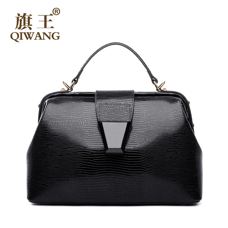 Qi Us Famous Brand Handbag Doctor Bag Retro Black Lizard Pattern Wood Belt Leather Bags Expensive Cow Hand Purse In Top Handle From