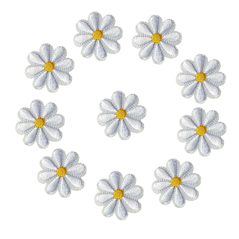 DAISY FLOWER IRON ON BADGE SEW ON PATCH VARIOUS COLOURS YELLOW PINK WHITE PURPLE