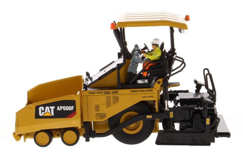 DM-85591 1:50 колесный асфальтоукладчик гусеничный AP600F