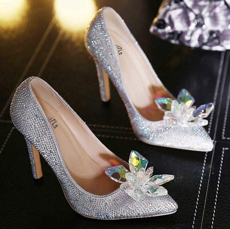 Hot sale Silver color Women Fashion Rhinestone high quality Wedding Bridal Shoes Woman Pointed Toe High Heels Crystal Stiletto P 2017 new fashion spring ladies pointed toe shoes woman flats crystal diamond silver wedding shoes for bridal plus size hot sale