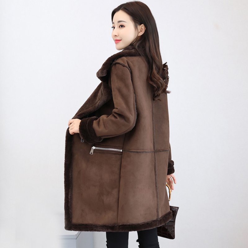 2018 winter Women   Suede     Leather   Coats Long Trench Coats Female Velvetfull Turn-down Collar Fashion Slim PU Warm Jacket QH1231