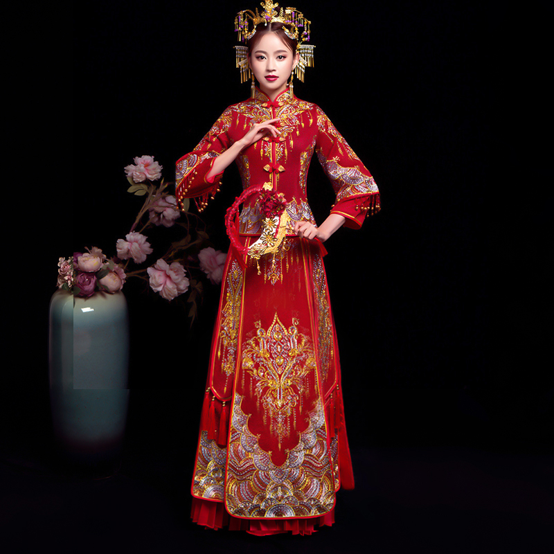 Qipao Wedding Gown: Bride Embroidery Cheongsam Vintage Chinese Style Wedding